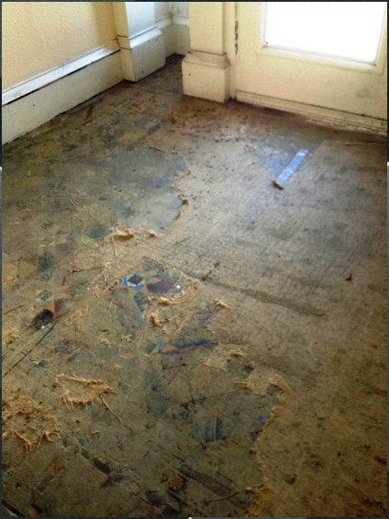 victorian-tiled -floor-in-Glasgow-before