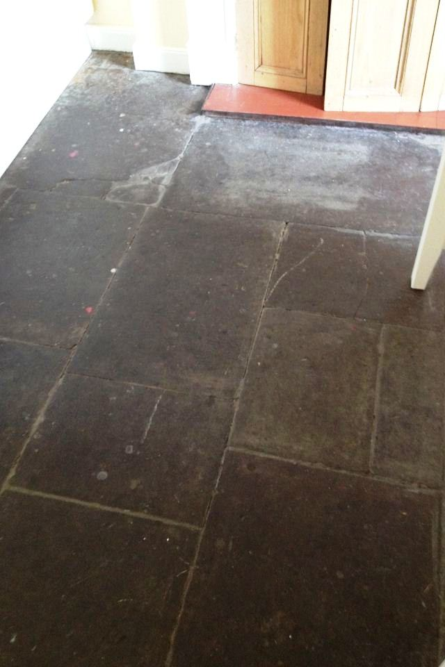 Cleaning Flagstones in Glasgow