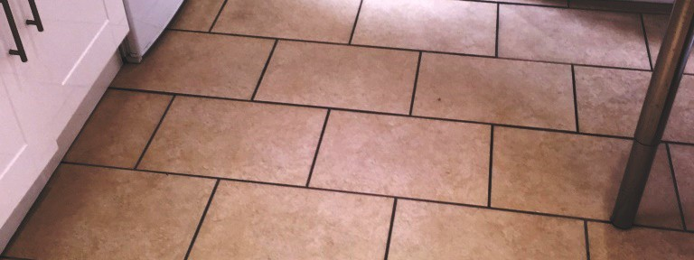Deep Cleaning Porcelain Kitchen Tiles in Glasgow