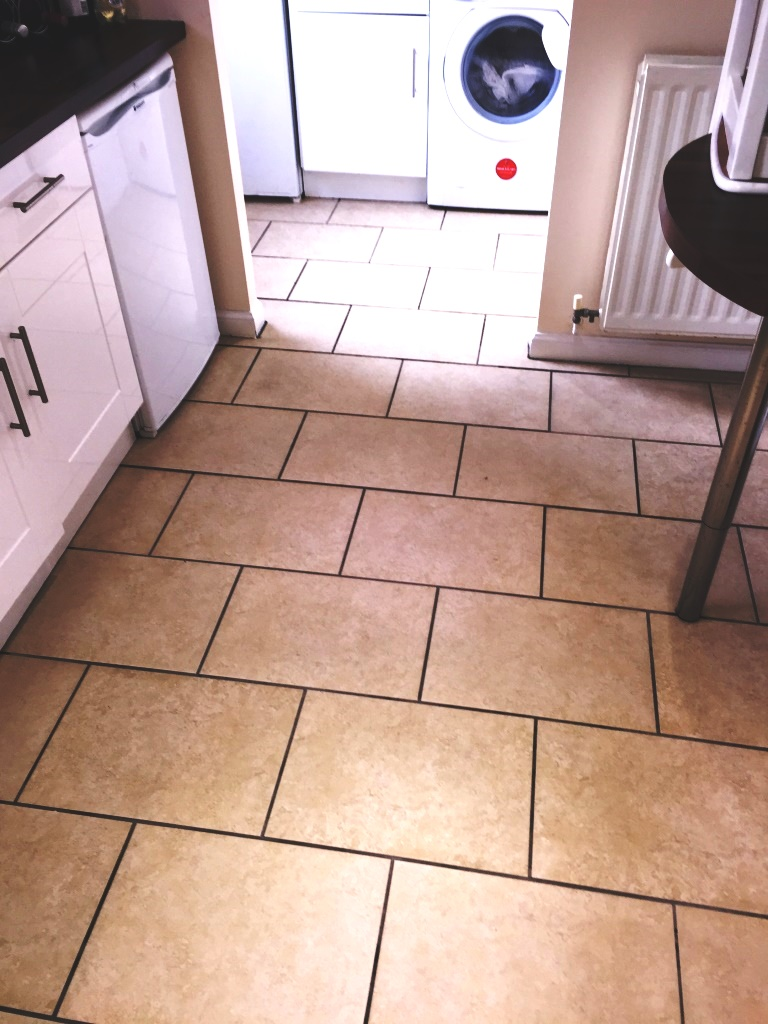 Porcelain tiles porcelain tile cleaning and maintenance tips porcelain tiles glasgow after deep cleaning dailygadgetfo Choice Image