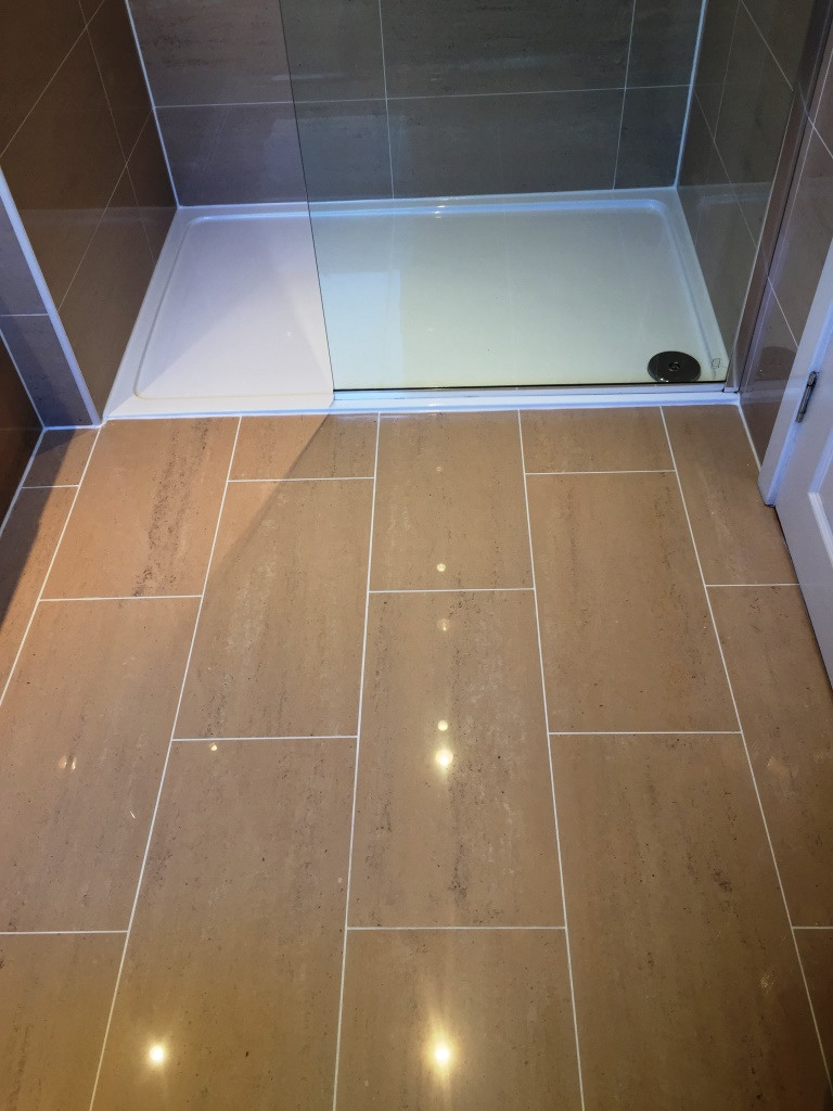 Porcelain tiled shower room in Inchinnan after