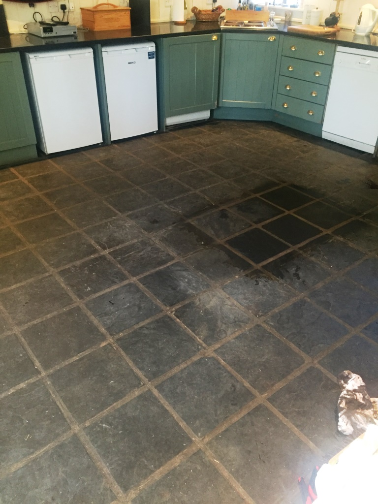 Slate Kitchen Floor Tiles Slate Kitchen Floor Stripped Cleaned And Sealed Lochwinnoch