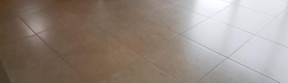 Porcelain Tiled Floor & Grout Restored in Bearsden near Glasgow