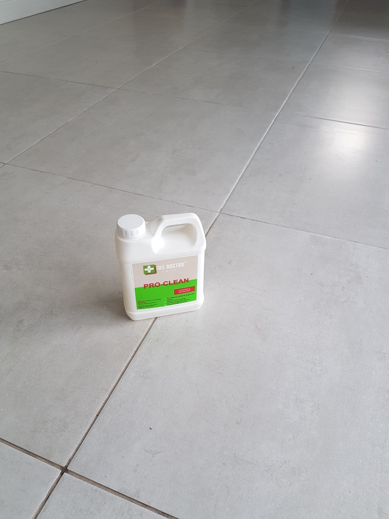 Porcelain tile and grout before cleaning Bearsden