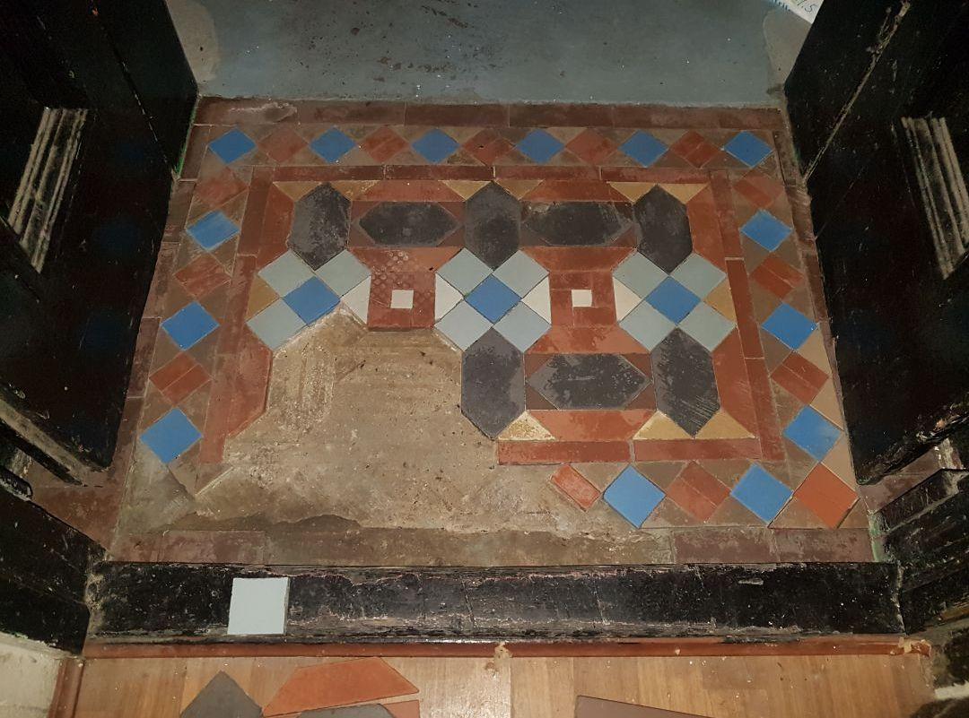 Small Victorian Vestibule During Restoration
